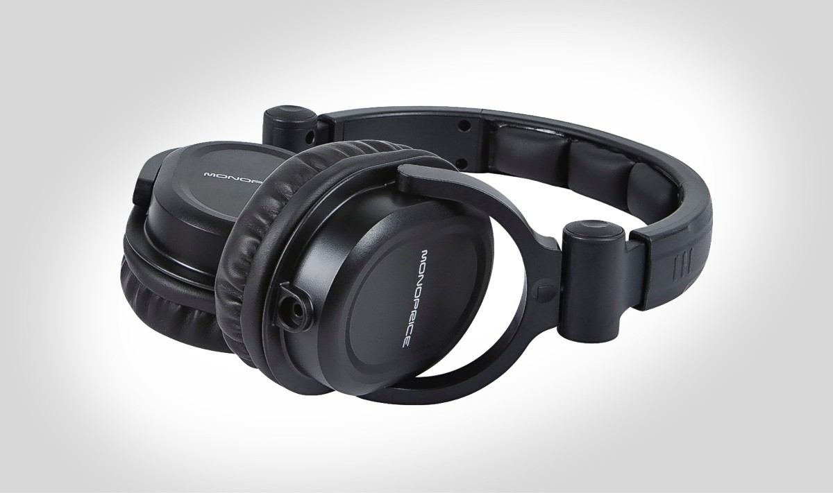 Swivel Earcups of Monoprice 8323