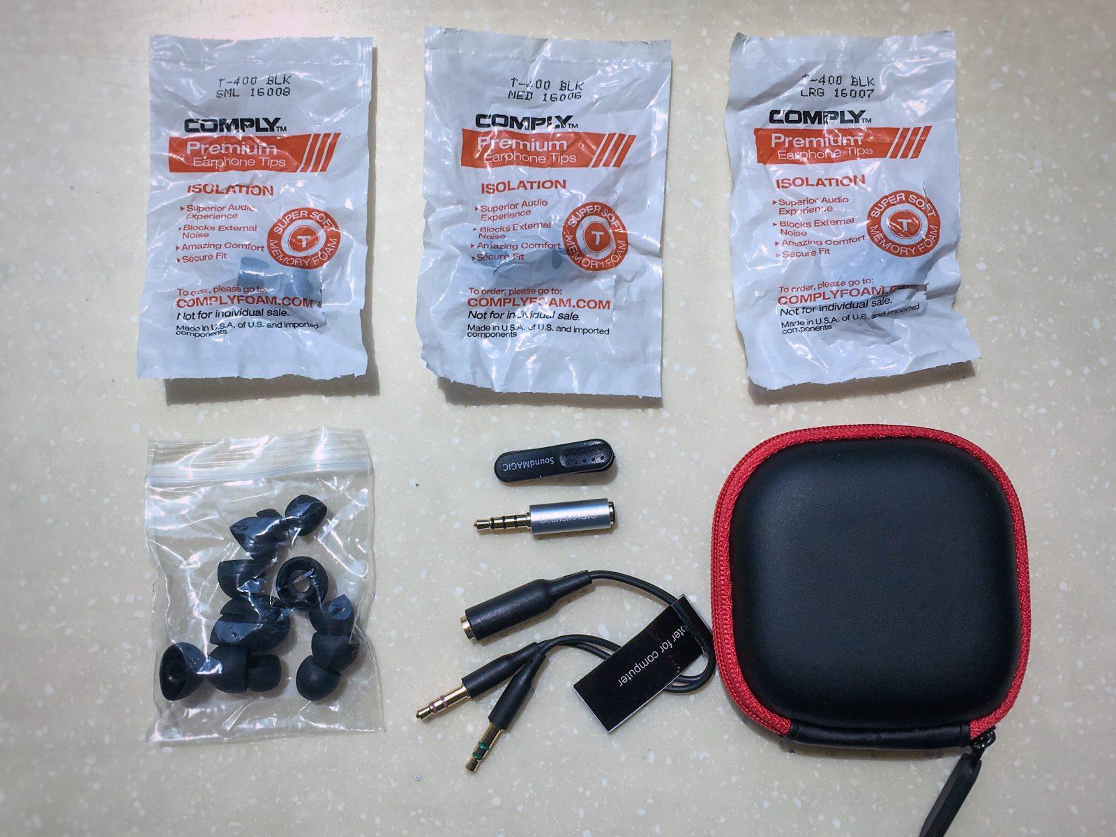 SoundMAGIC E80C accessories