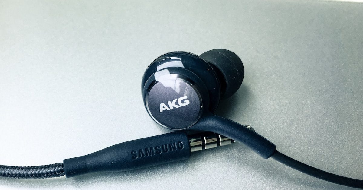 Review Samsung Galaxy S8 Akg Headphone Headphonesty