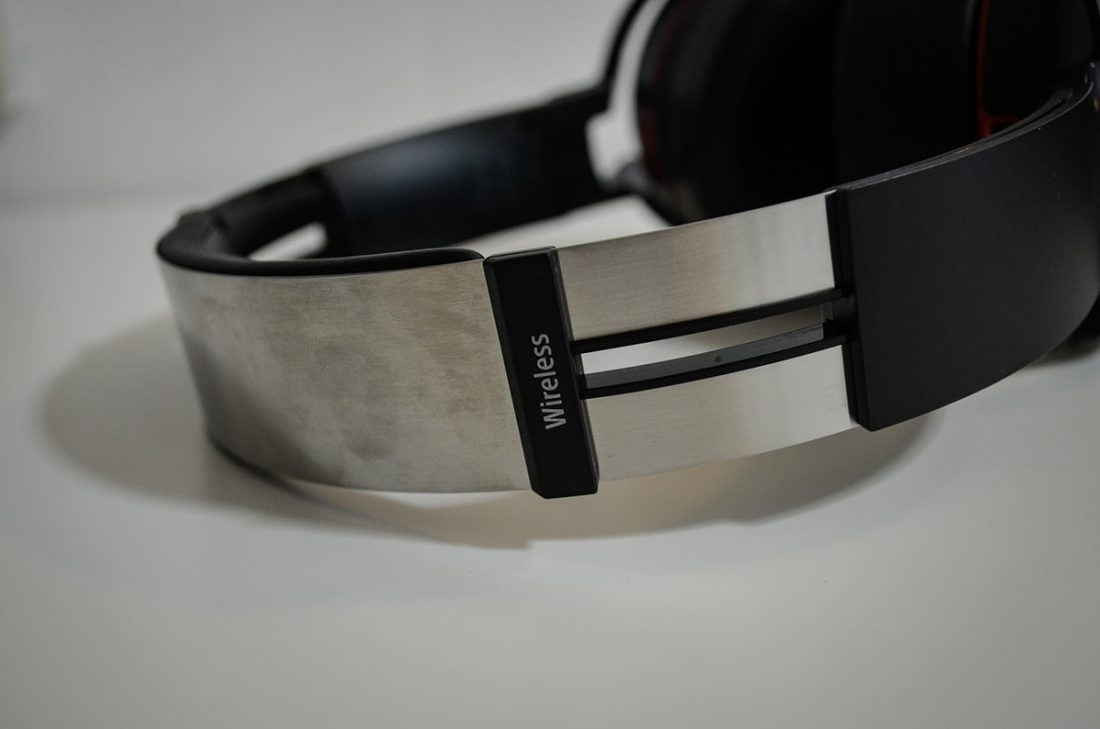Sony MDR-XB950B1 EXTRA BASS™ Wireless Headphones D