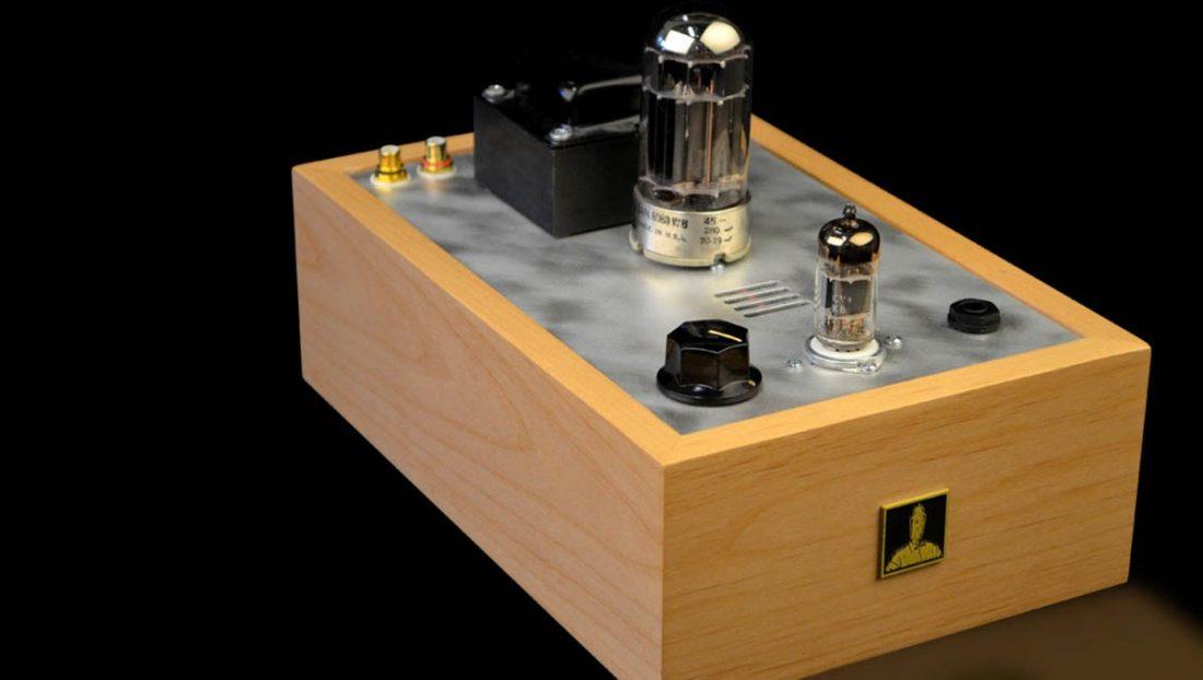 The popular Bottlehead Crack tube headphone amplifier