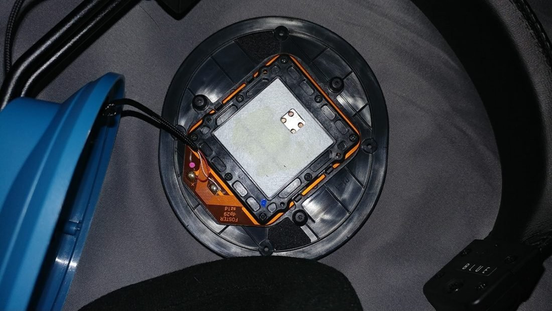 The interior of the Dekoni Blue driver baffle.