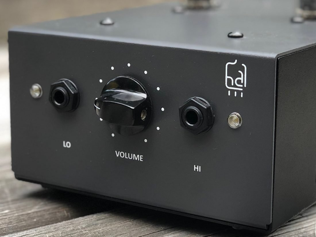 Low and High impedance headphone outputs.