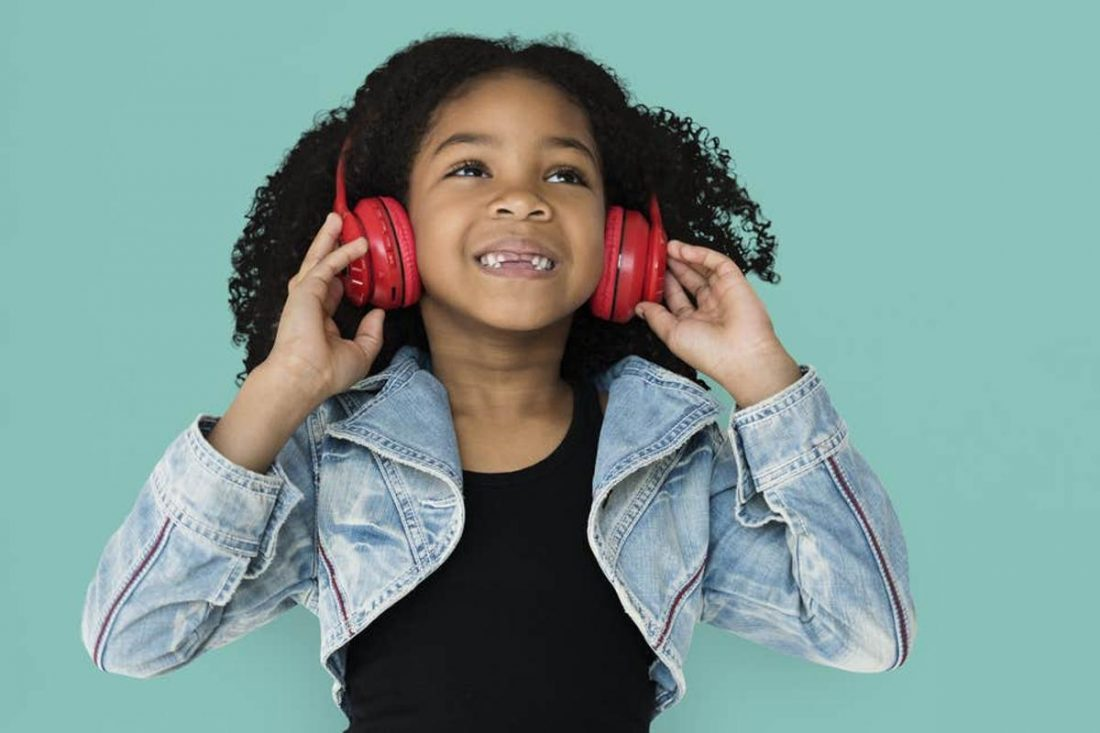 Little girl with red headphones (From standard.co.uk)
