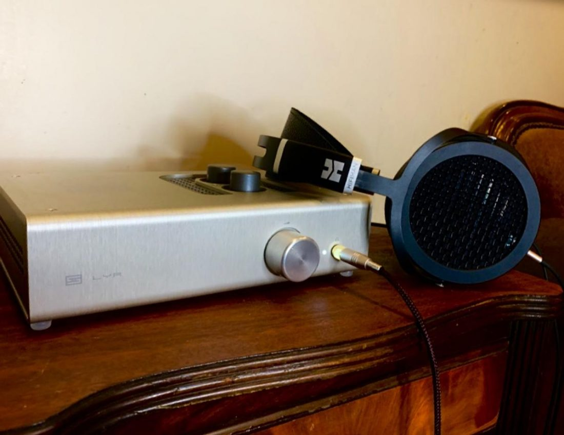 The Lyr is one of the go-to amps for Hifiman's planar line-up, and it serves them well