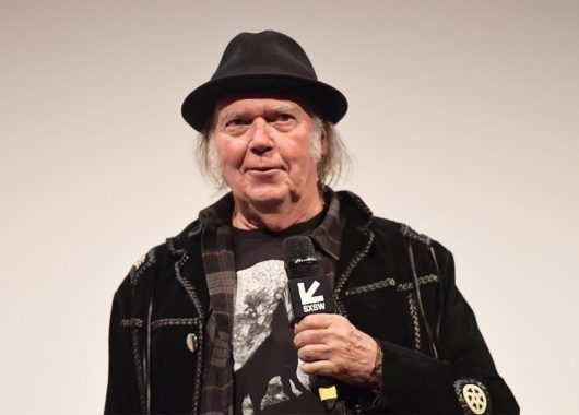 Musician Neil Young had a lot to say about the audio industry in general (From: Wccftech.com)
