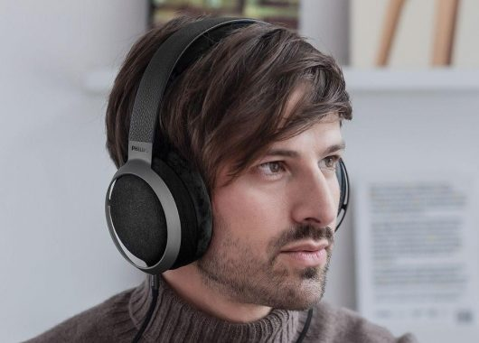 The Philips Fidelio X3 in action (From: Philips)