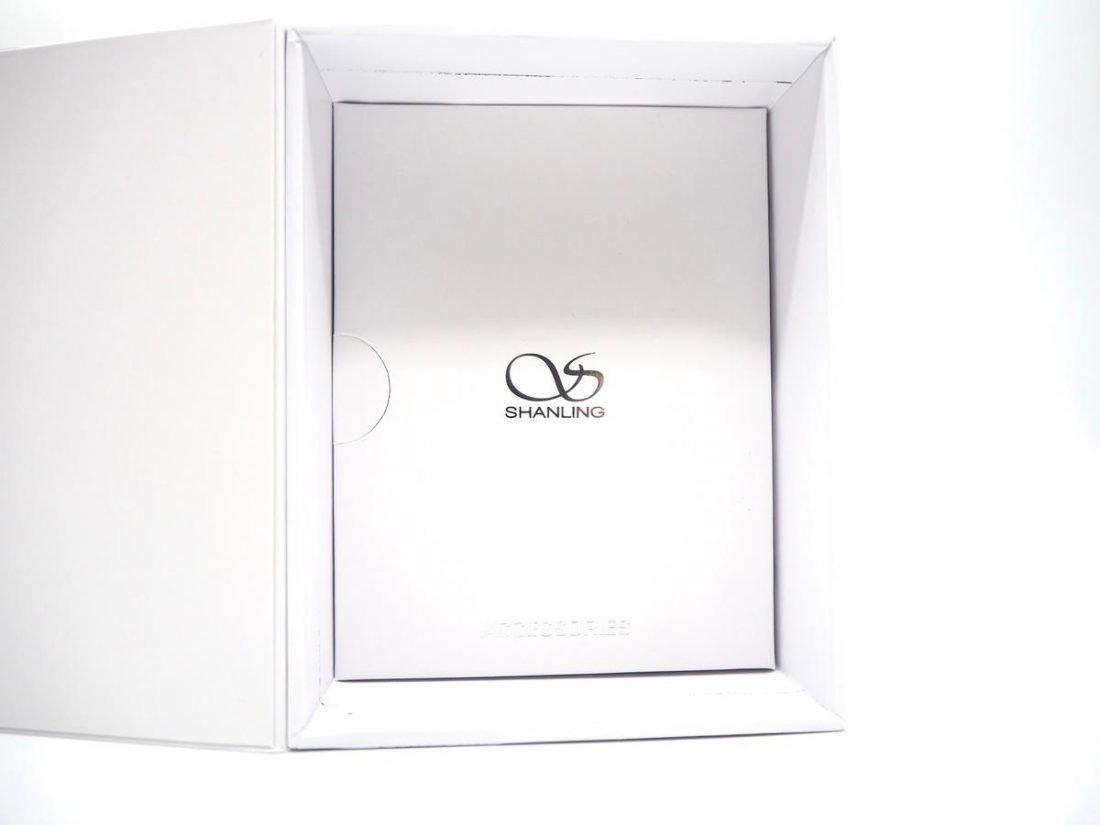 The accessories box.