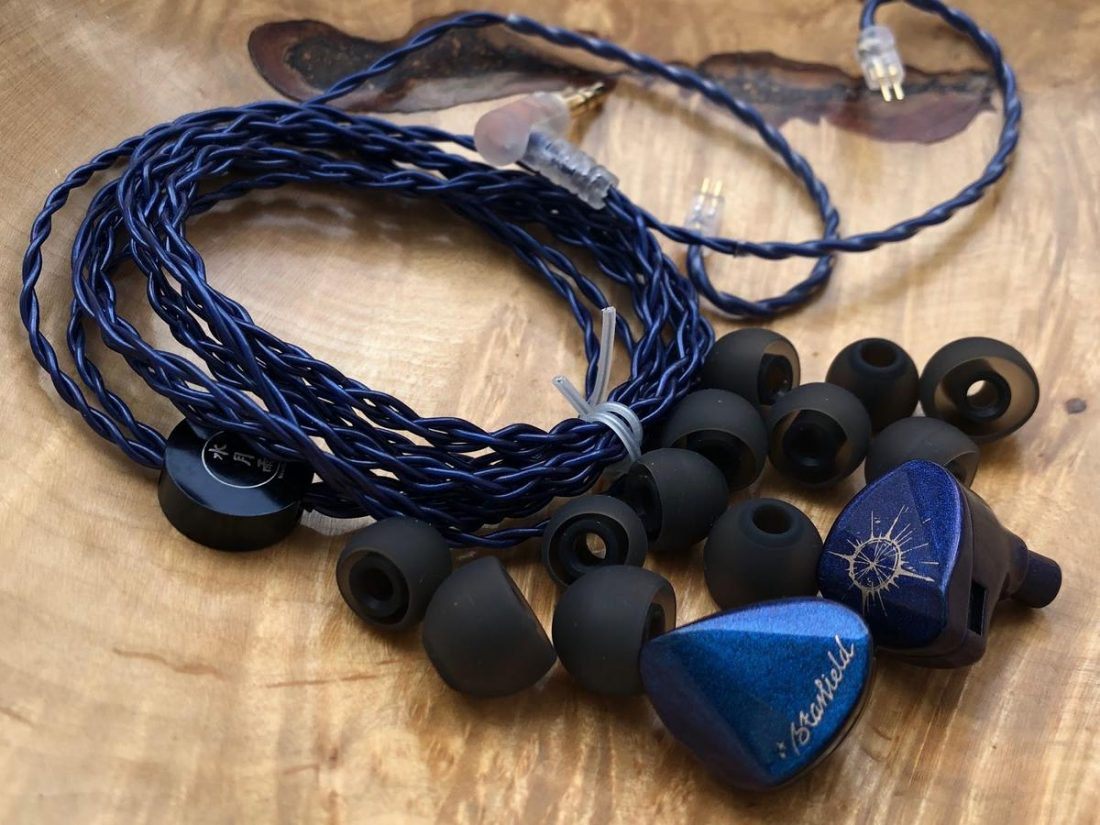 In the review set, I received only the IEMs, cable and ear tips.
