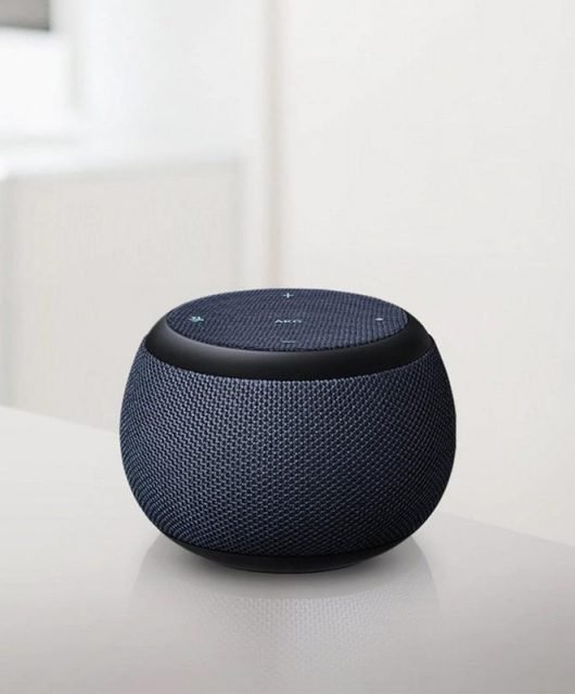Samsung may be set to launch this month its Galaxy Home Mini, marking the foray of the world's biggest appliance maker into the home speakers market. (From Engadget)